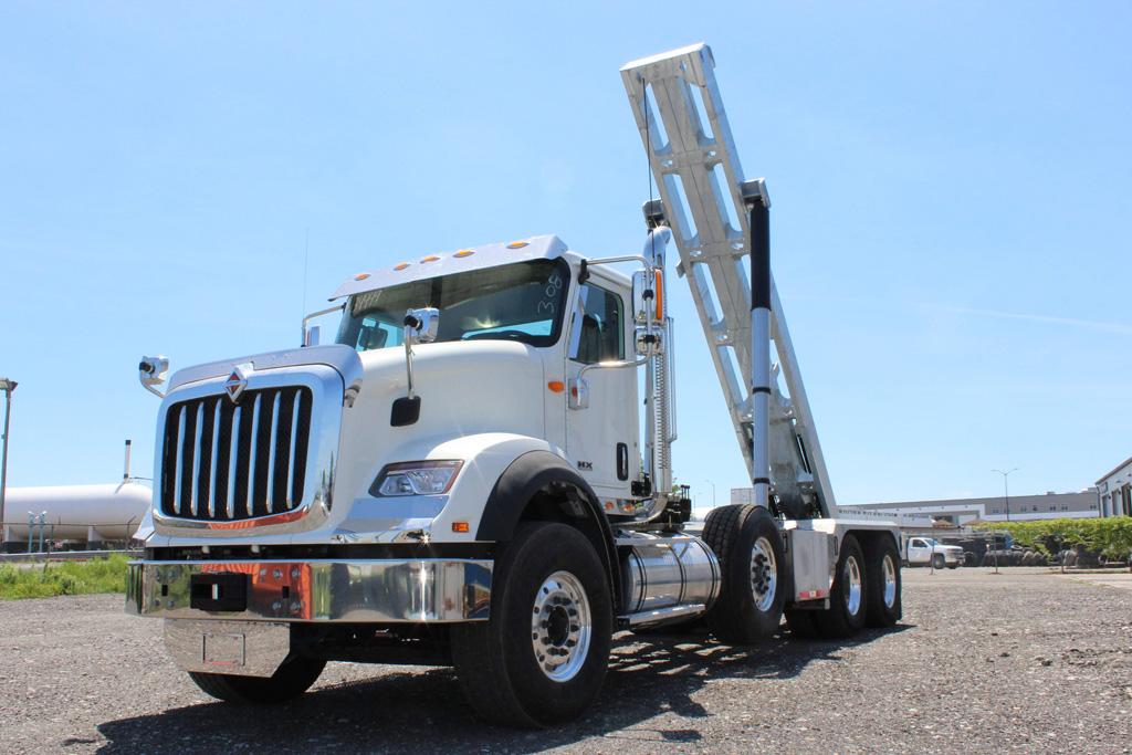 Tri-axle-On-Trux-rolloff-or-roll-off-system-galvanized-International-HX-(12)