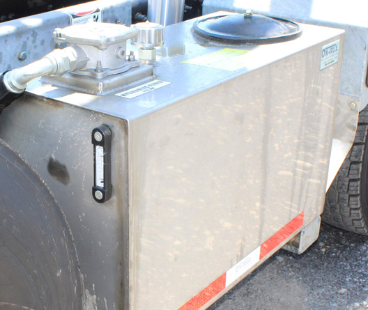 Tri-axle-On-Trux-rolloff-or-roll-off-system-galvanized-International-HX-(13)