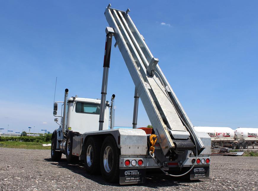 Tri-axle-On-Trux-rolloff-or-roll-off-system-galvanized-International-HX-(18)