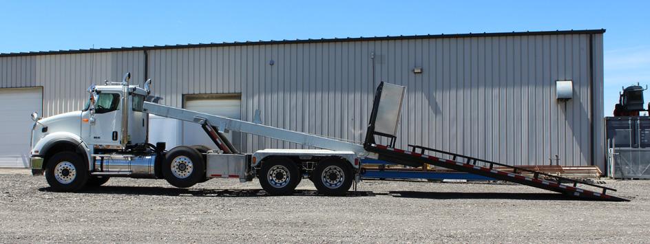 Tri-axle-On-Trux-rolloff-or-roll-off-system-galvanized-International-HX-(30)