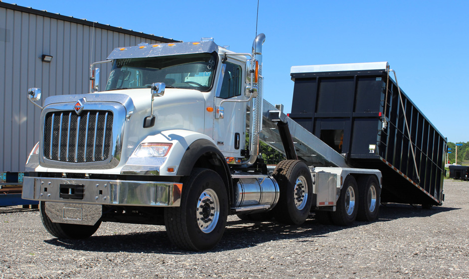 Tri-axle-On-Trux-rolloff-or-roll-off-system-galvanized-International-HX-(36)