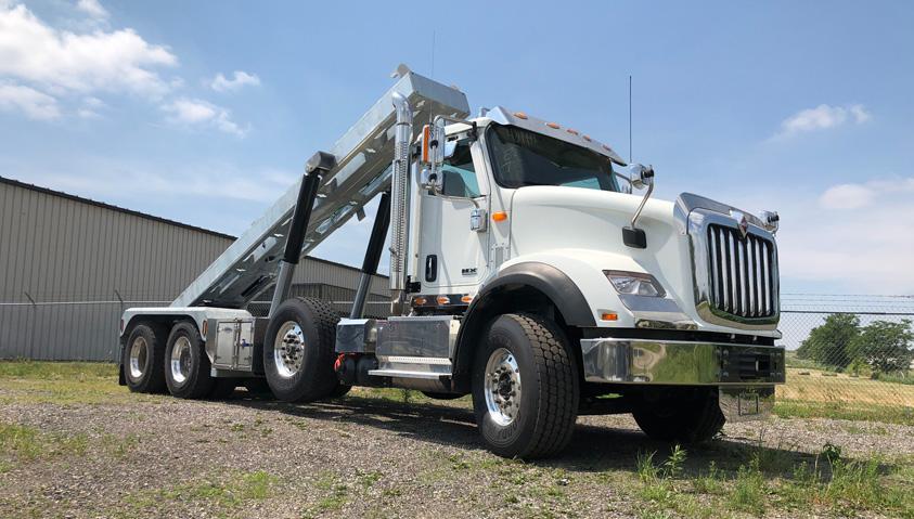 Tri-axle-On-Trux-rolloff-or-roll-off-system-galvanized-International-HX-(4)