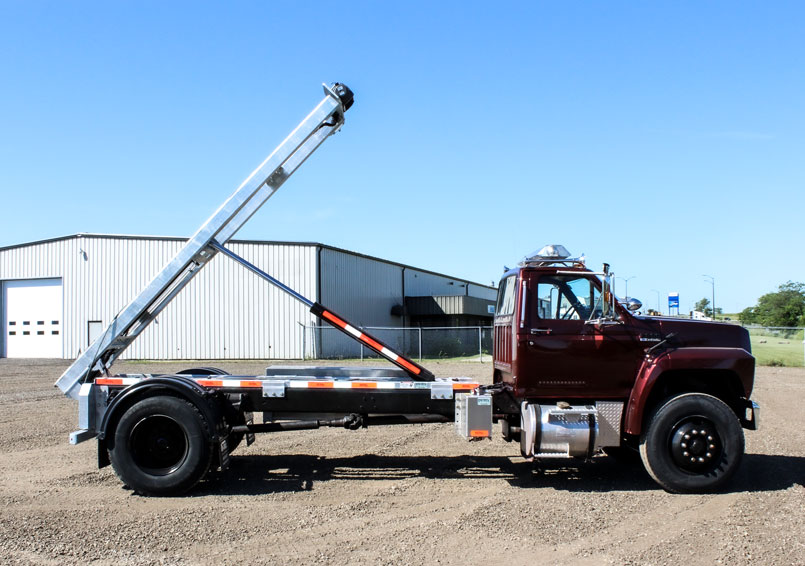 ABOVE FRAME ROLL OFF ON TRUX (2)