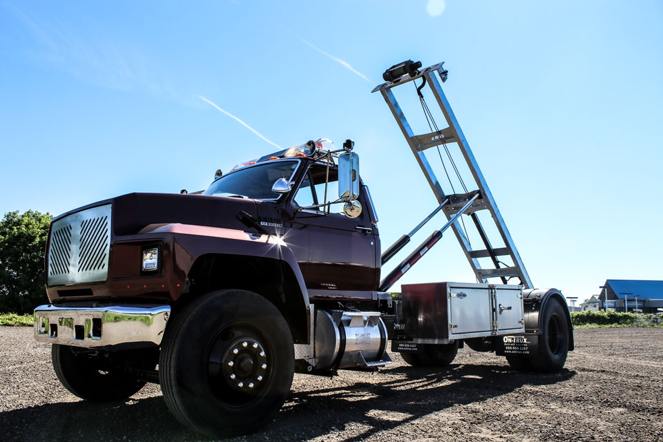 ABOVE FRAME ROLL OFF ON TRUX (3)