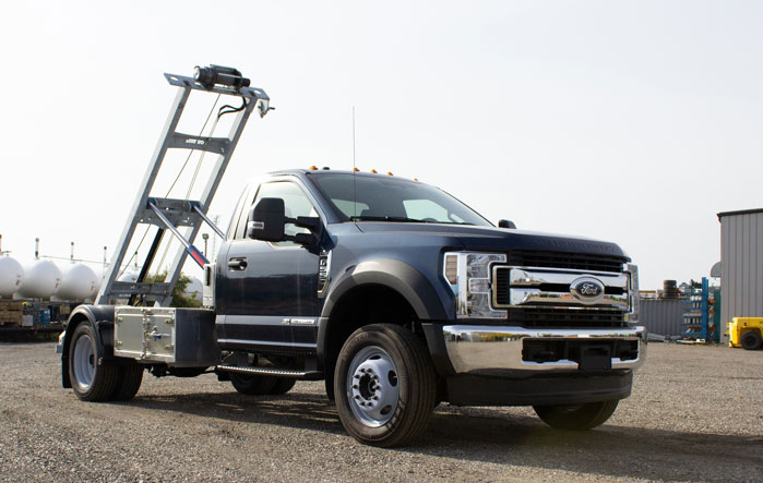 FORD F550 ROLL OFF SYSTEM ON TRUX (1)