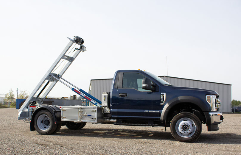 FORD F550 ROLL OFF SYSTEM ON TRUX (3)