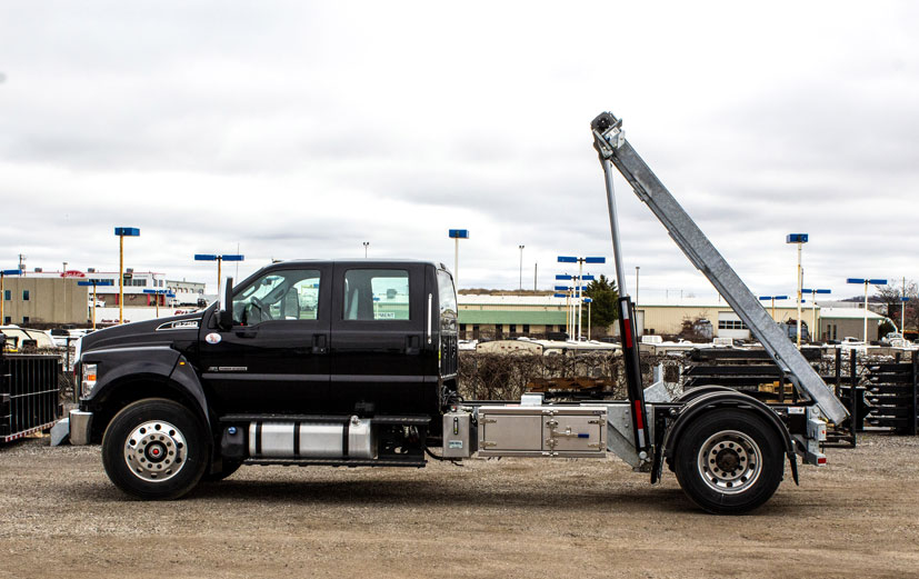 FORD F750 ON TRUX ROLL OFF (13)