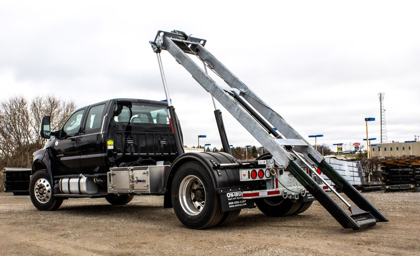 FORD F750 ON TRUX ROLL OFF (15)