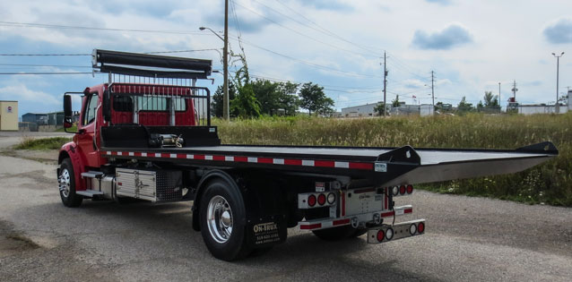 FREIGHTLINER ROLL OFF ON TRUX GALVANIZED (16)