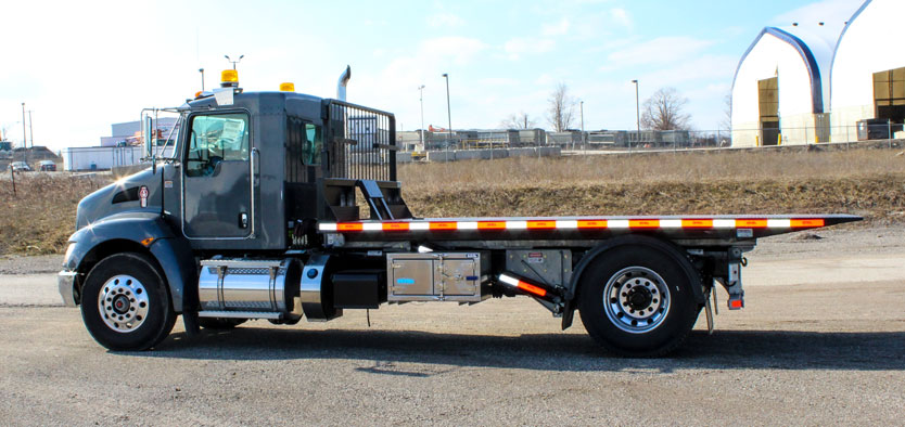 KENWORTH ROLL OFF ON TRUX SINGLE AXLE (14)