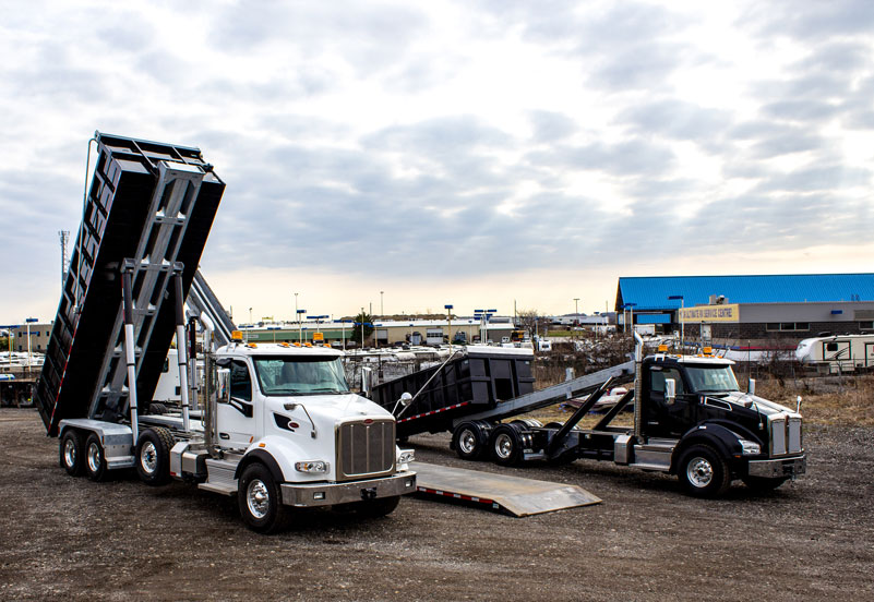 KENWORTH T880 ON TRUX TANDEM ROLL OFF SYSTEM (14)