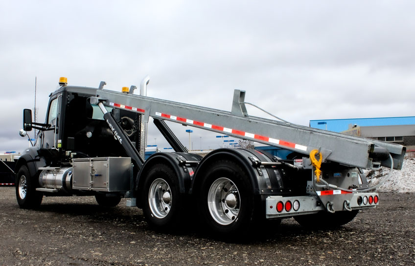 KENWORTH T880 ON TRUX TANDEM ROLL OFF SYSTEM (17)