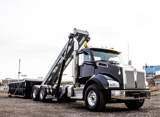 KENWORTH T880 ON TRUX TANDEM ROLL OFF SYSTEM (6)