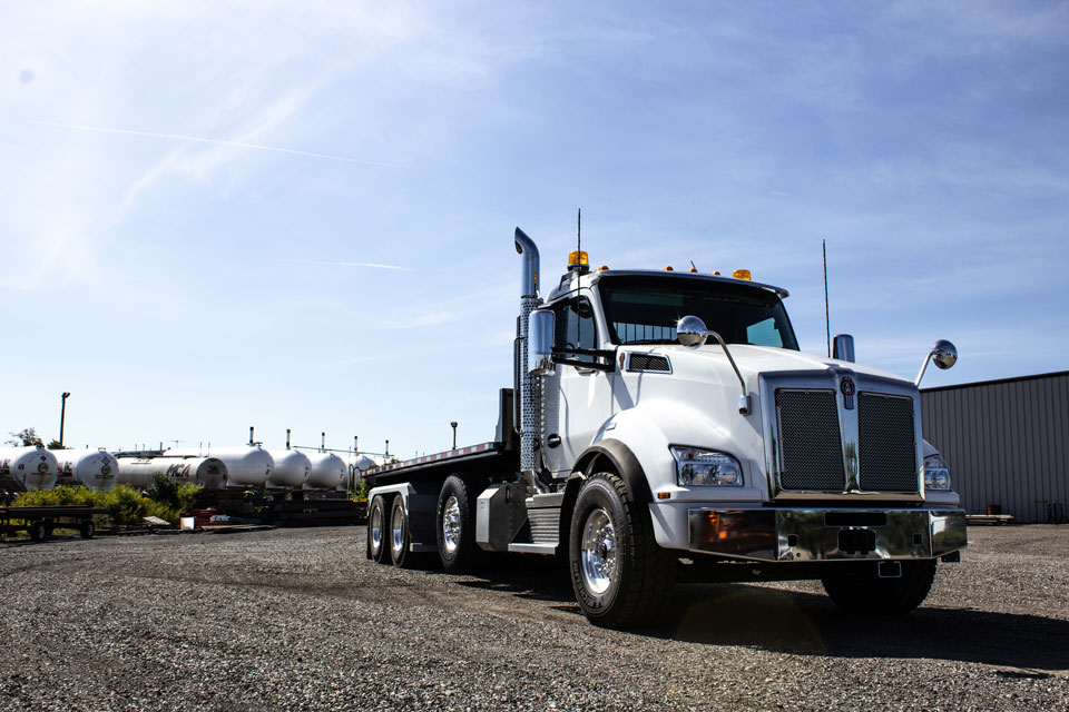 KENWORTH T880 Tri Axle On Trux Roll Off System (2)