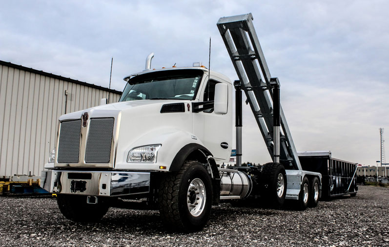 KENWORTH T880 Tri Axle On Trux Roll Off System (28)