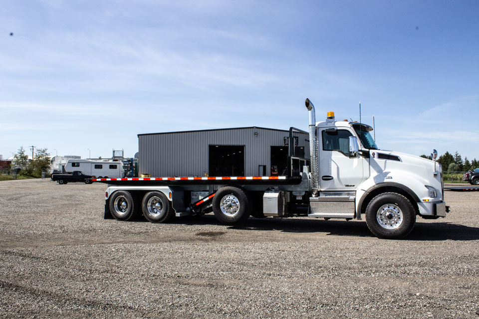 KENWORTH T880 Tri Axle On Trux Roll Off System (3)