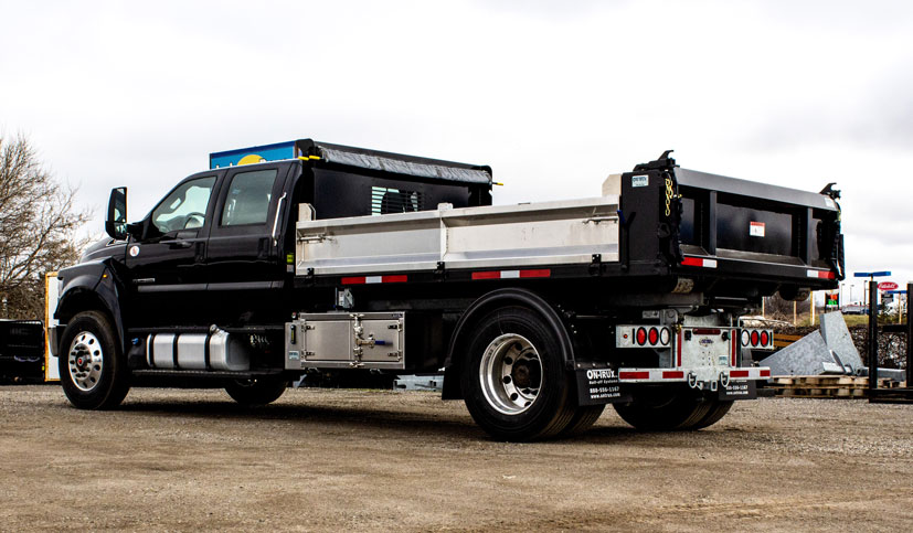 LANDSCAPE DECK ROLL OFF AND HOOK LIFT ON TRUX (23)