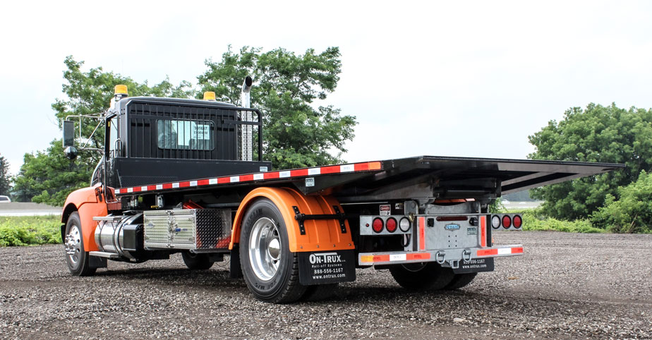 ON TRUX FLAT DECK ROLL OFF AND HOOK LIFT (16)