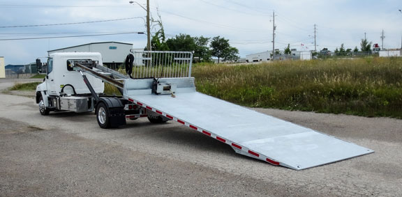 ON TRUX FLAT DECK ROLL OFF AND HOOK LIFT (24)