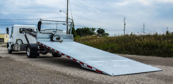 ON TRUX FLAT DECK ROLL OFF AND HOOK LIFT (25)