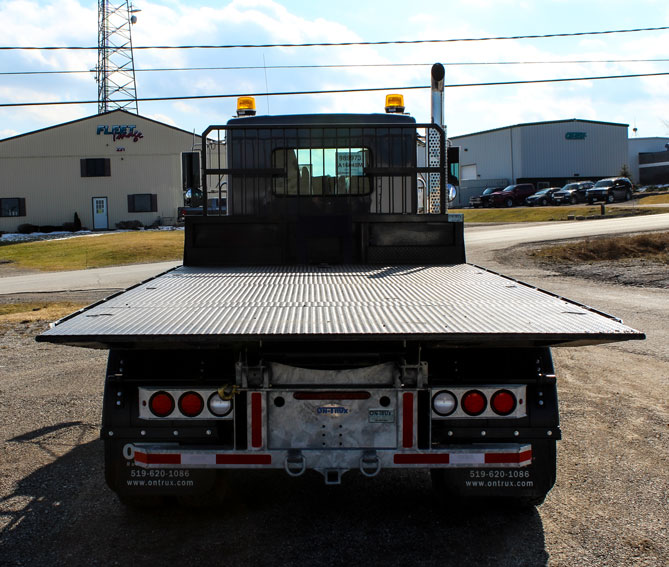 ON TRUX FLAT DECK ROLL OFF AND HOOK LIFT (33)