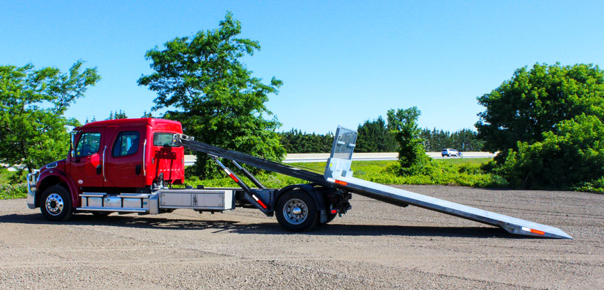 ON TRUX FLAT DECK ROLL OFF AND HOOK LIFT (38)