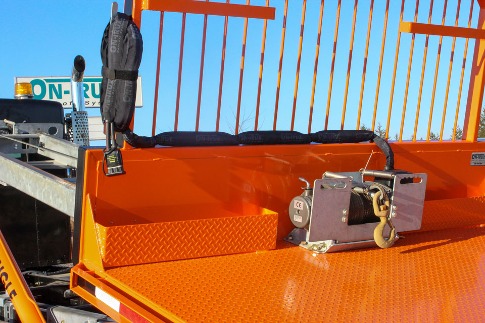 ON TRUX FLAT DECK ROLL OFF AND HOOK LIFT 39 (12)