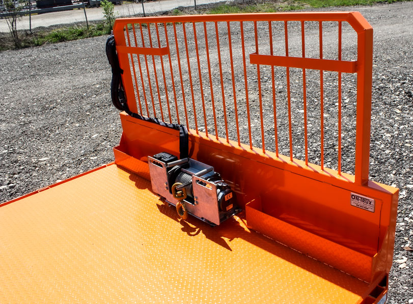 ON TRUX FLAT DECK ROLL OFF AND HOOK LIFT 39 (19)