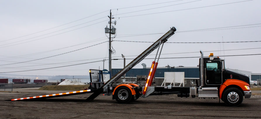 ON TRUX FLAT DECK ROLL OFF AND HOOK LIFT (9)