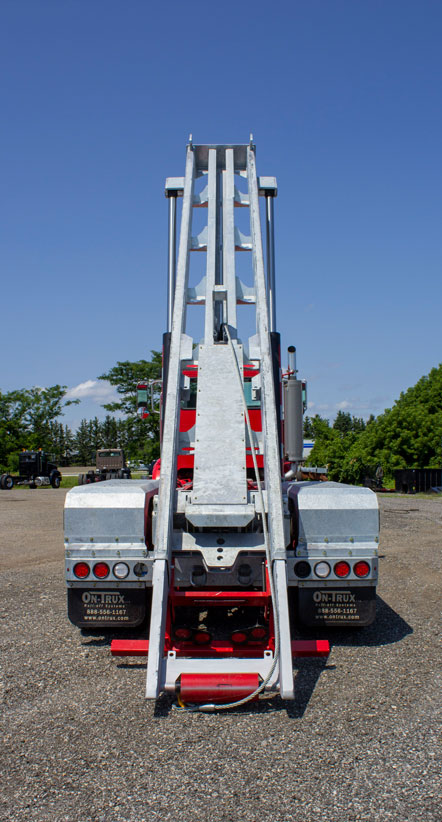 PETERBILT 357 TANDEM ON TRUX ROLL OFF SYSTEM (2)