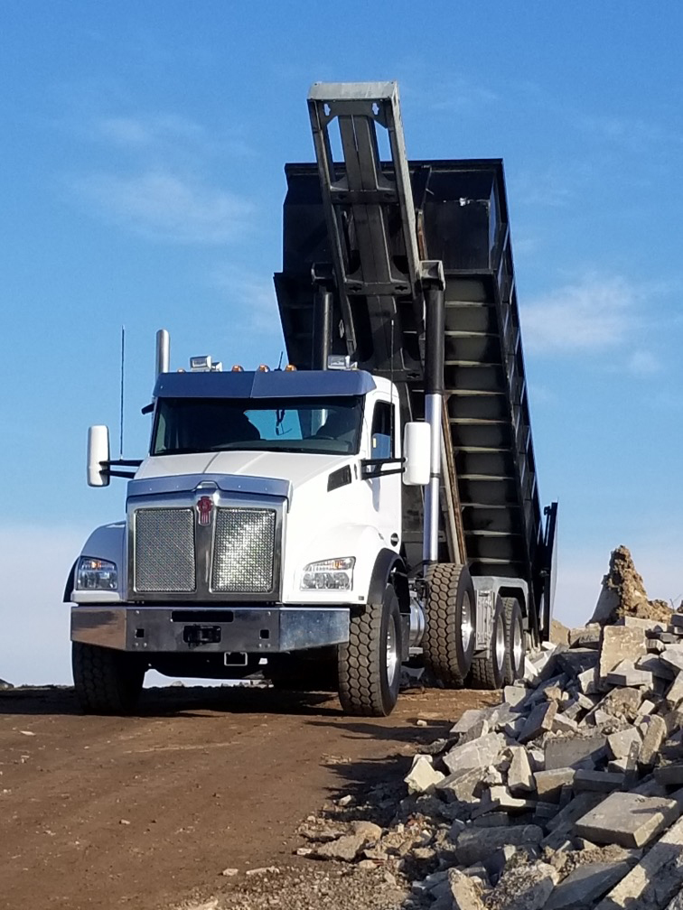 Kenworth T880 Roll Off On Trux Tri Axle (2)