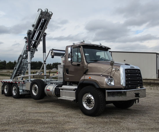 2015 FREIGHTLINER SD ON TRUX DUAL REEVE ROLL OFF SYSTEM (7)