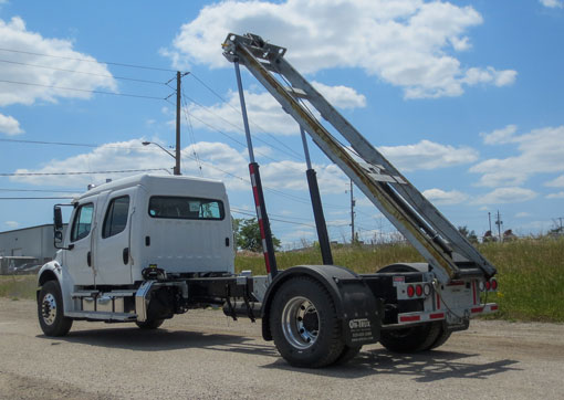 2016 FREIGHTLINER M2 ON TRUX ROLL OFF CREWCAB (4)