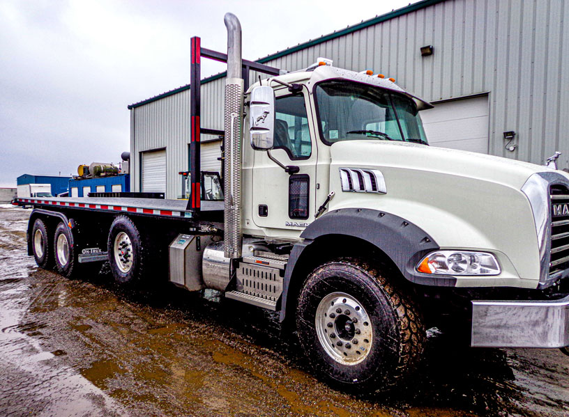 2016 MACK Tri Axle On Trux Roll Off (3)