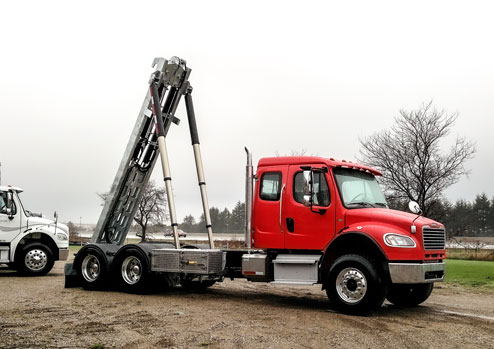 2017 FREIGHTLINER M2 ON TRUX TANDEM ROLL OFF SYSTEM (4)