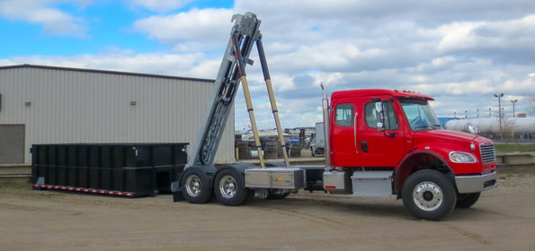 2017 FREIGHTLINER M2 ON TRUX TANDEM ROLL OFF SYSTEM (5)