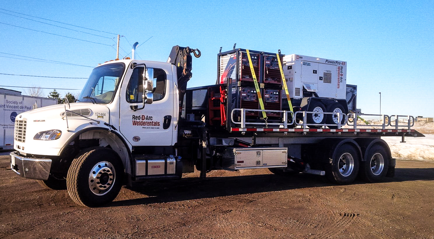 FREIGHTLINER TANDEM M2 ON TRUX ROLL OFF (2)