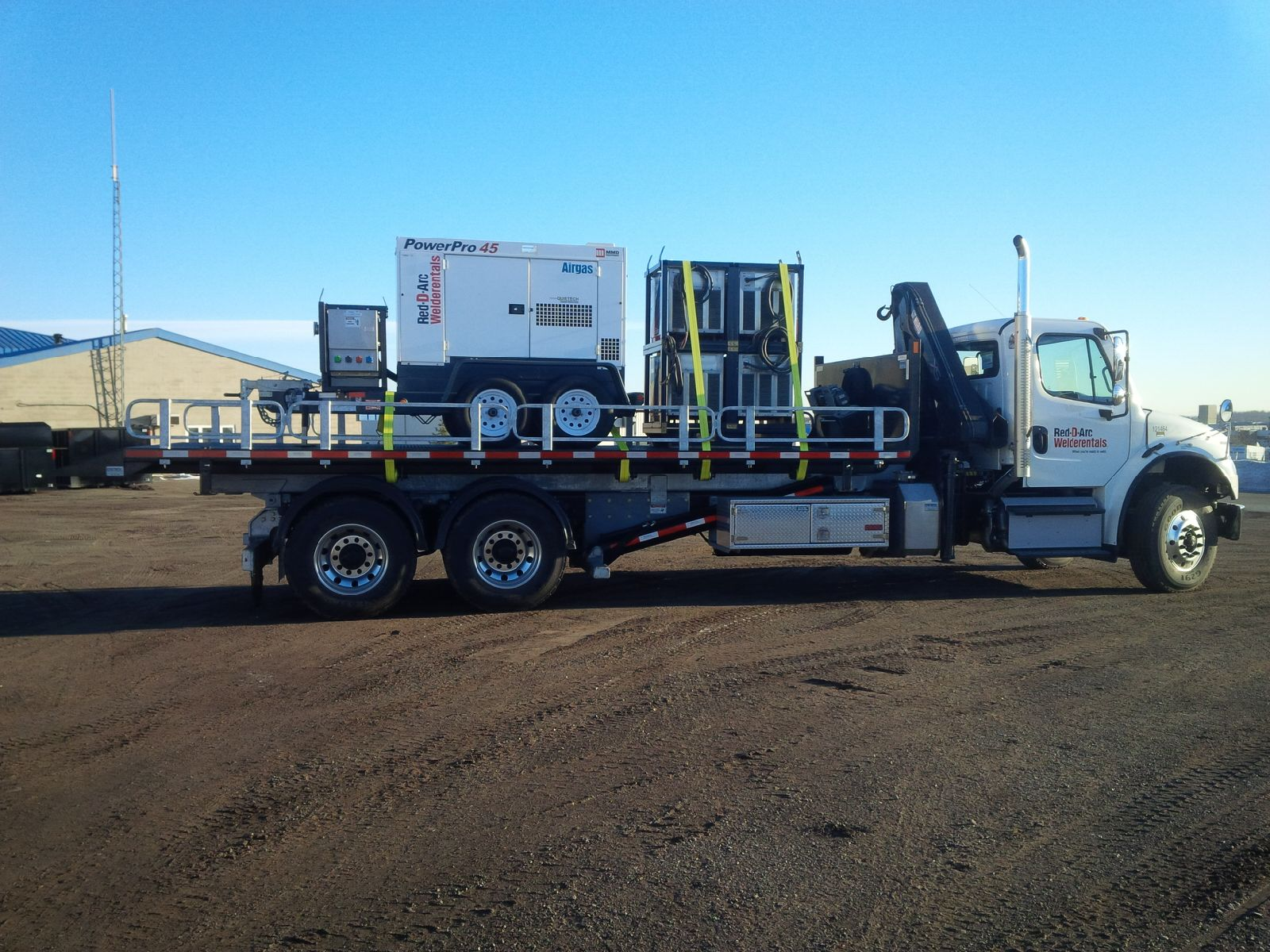 FREIGHTLINER TANDEM M2 ON TRUX ROLL OFF (4)