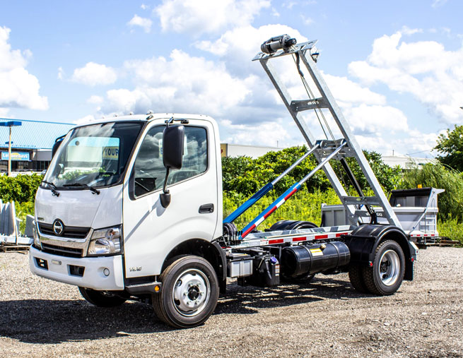 HINO 195 ON TRUX ROLL OFF FOR SALE (22)