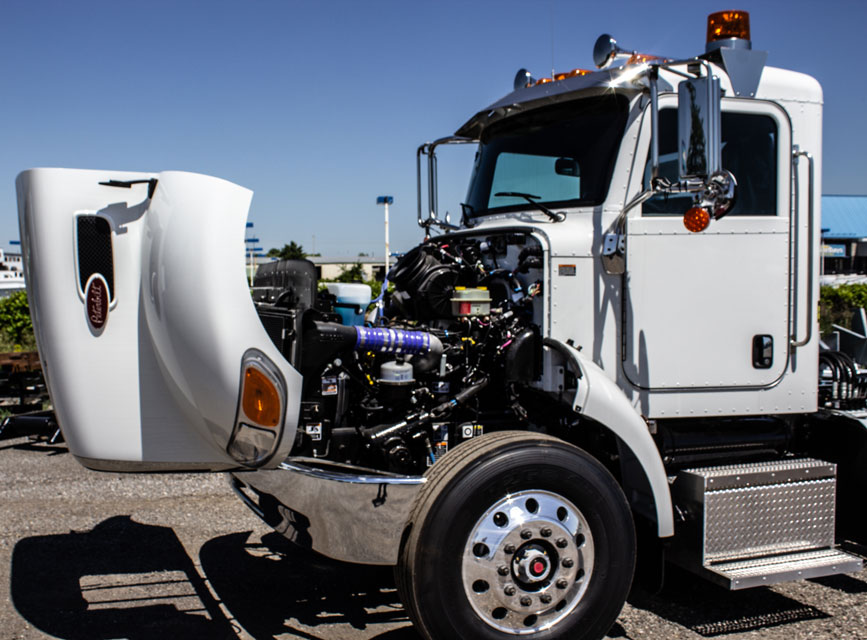 PETE CONSIGN MM713255 ROS 1335 2021 WHITE PETERBILT 337 OTS R14 34 RS (34)