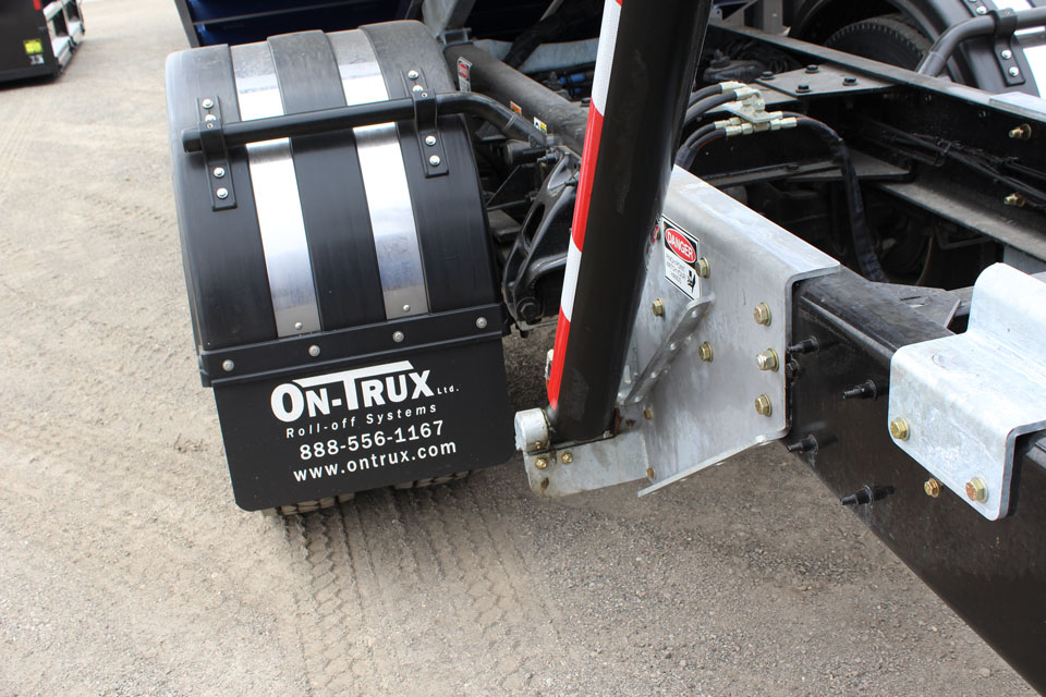 On Trux Poly Fenders (10)