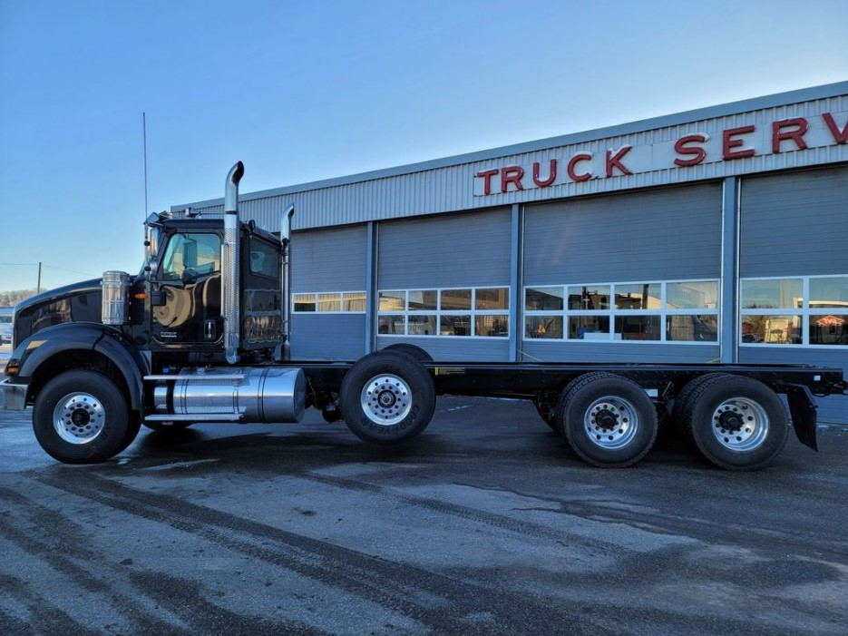 2021 INTERNATIONAL HX WITH 24 ON TRUX ROLLOFF FOR SALE (3)