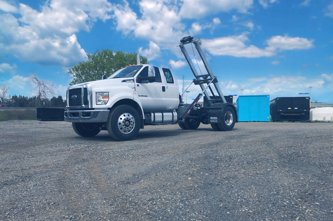 2021 Ford F750 12 On Trux System White (16)
