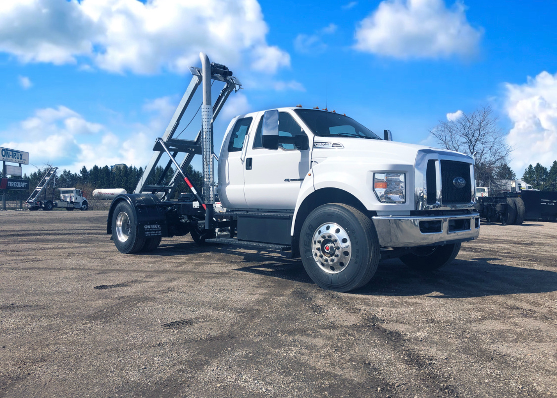2021 Ford F750 12 On Trux System White (17)