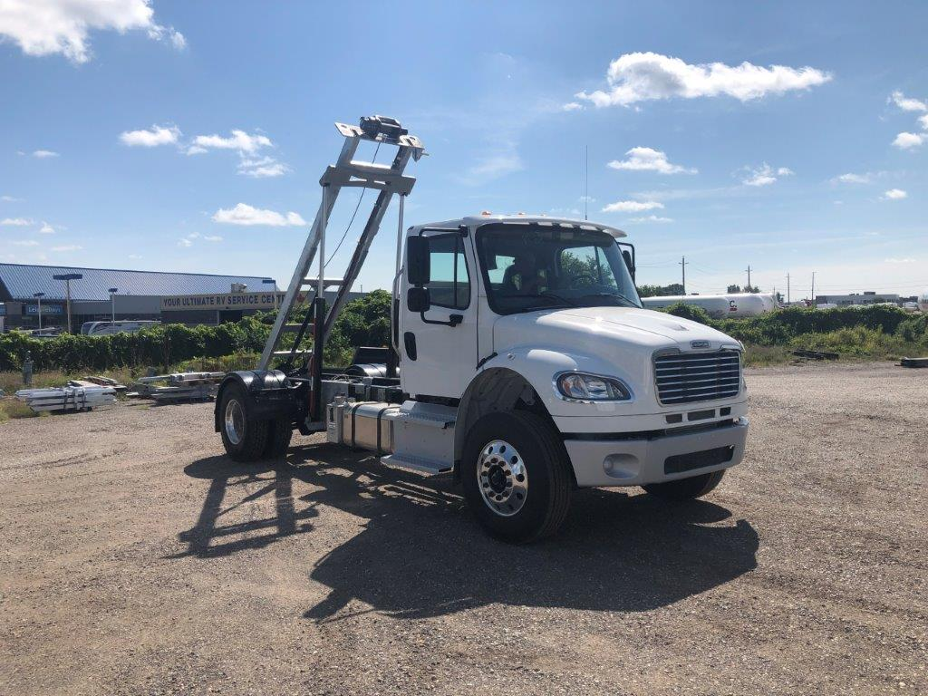 2020 FREIGHTLINER M2 14′ SINGLE AXLE ON TRUX SYSTEM (10)