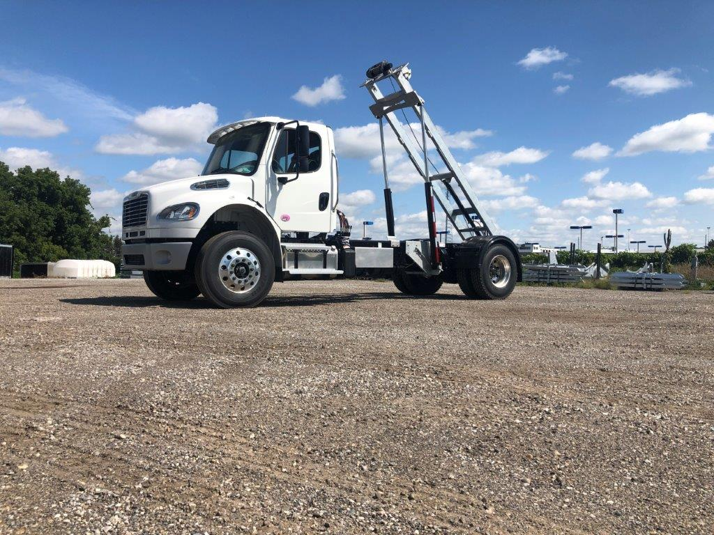 2020 FREIGHTLINER M2 14′ SINGLE AXLE ON TRUX SYSTEM (12)