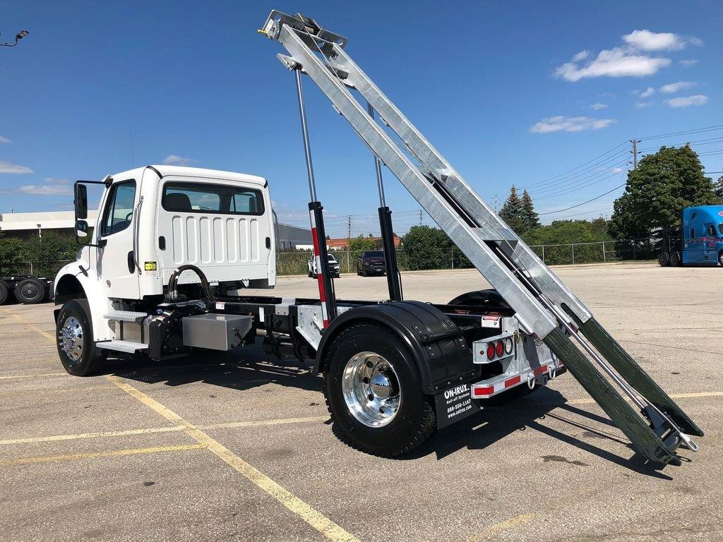 2020 FREIGHTLINER M2 14′ SINGLE AXLE ON TRUX SYSTEM (18)